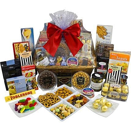Magnificent Sweet N Savoury: Send Friendship Day Gifts to Australia