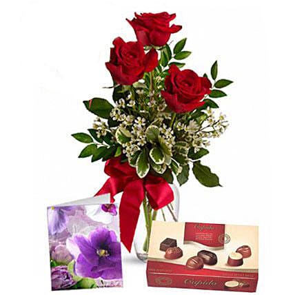 Three Red Roses With Chocolates: Women's Day Gift Delivery in Australia