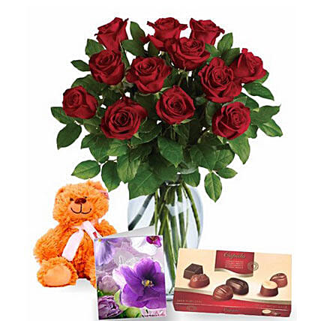 Valentine Love Expression Combo: Valentine's Day Rose Delivery in Australia