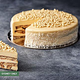 Coconut Raffaello Cake
