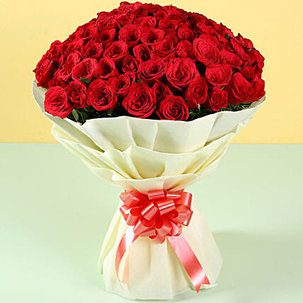 Grand Romance 100 Red Roses: Send Anniversary Flowers to Bahrain