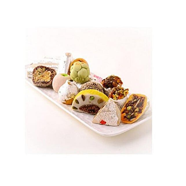 Mixed Kaju Sweet: Send Karwa Chauth Gifts to Canada
