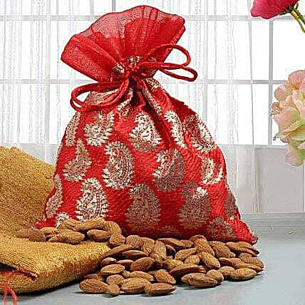 Mouthful Treats: Dry Fruit Delivery in Canada
