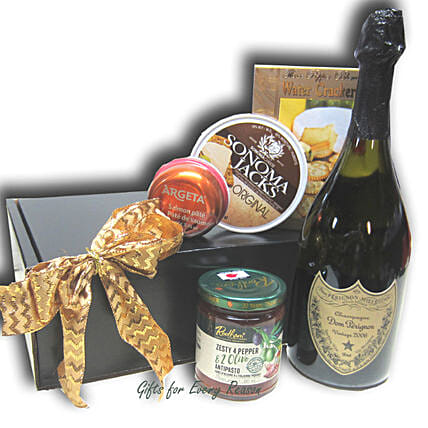 Jolly Christmas Holiday Gift Hamper: Send Romantic Gifts to Canada