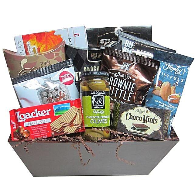 Scrumptious Hanukkah Gift Basket: Hanukkah Gifts In Canada