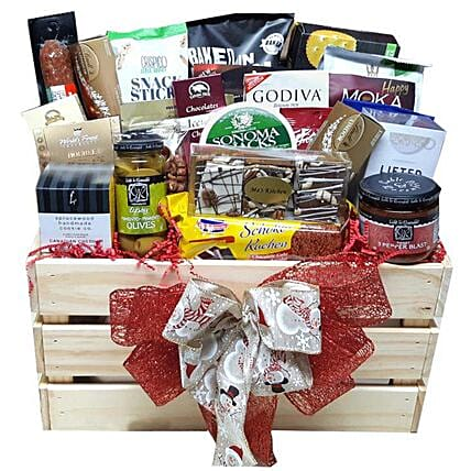 Tempting Christmas Gift Hamper: Romantic Gifts to Canada