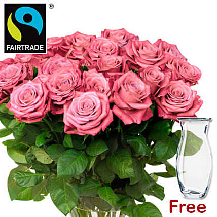 Elegant Bunch Of Pink Roses: Send Roses to Germany