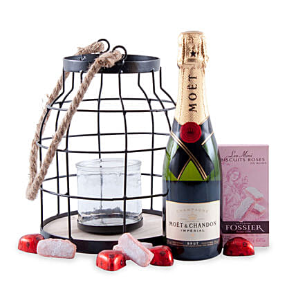Candlelight Romance with Moet Champagne: Hanukkah Gifts in Germany