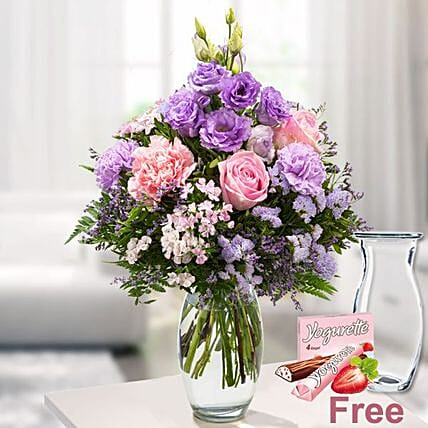 Poetry Bouquet Vase And Chocolates: Sorry Flowers to Germany
