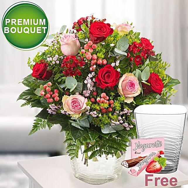 Premium Bouquet Vase With Ferrero Yogurette: Sorry Flowers to Germany