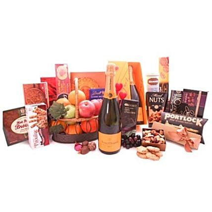 Veuve Clicquot Champagne N Gourmet Snacks: Send Christmas Gifts to Hong Kong