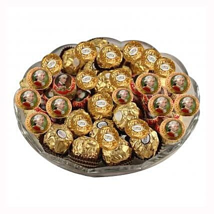 Mozart Rocher Platter: Send Christmas Gifts to Hungary