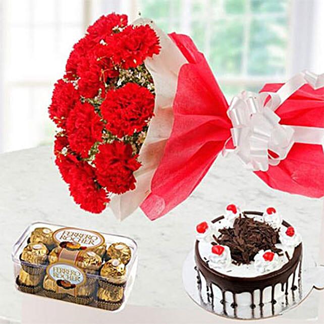 Sweet Romantic Gift Combo: Ramadan Gift Delivery in Kuwait