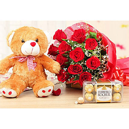 Fabulous Combo Of Lovely Gifts: Flower Delivery in Kuwait