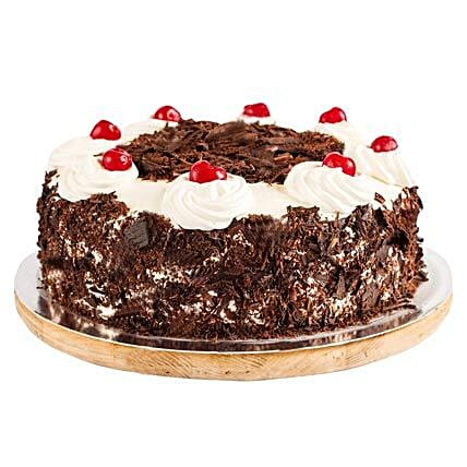 Ambrosial Black Forest Cake: Hug Day Gifts