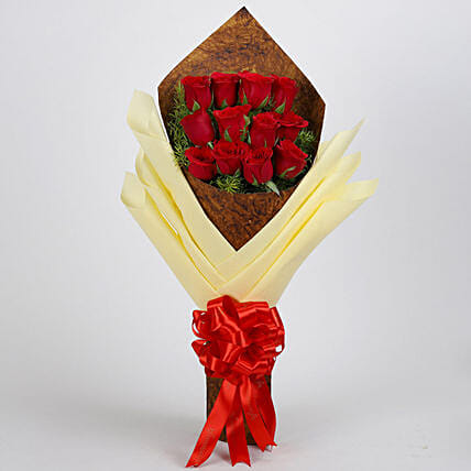 Beautiful Bouquet of 12 Red Roses: Flower Bouquets