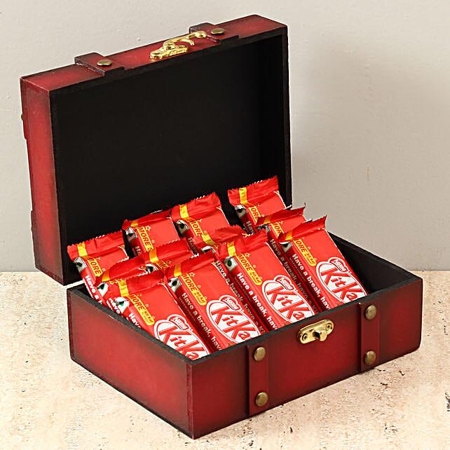 Box Of Kit Kat Chocolates: Gifts to India