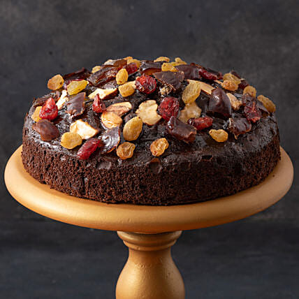 Choco Chip Cake- 500 gms: Cakes for Happy Friendship Day