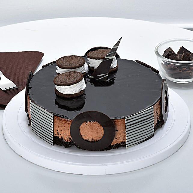Chocolate Oreo Mousse Cake: Send Valentine Chocolate Cake