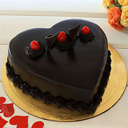 Chocolate Truffle Heart Cake: Gifts to India