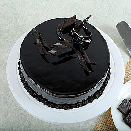 Chocolaty Truffle Cake Delivery In Chennai