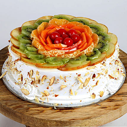 Creamy Vanilla Fruit Cake: Eggless cakes for birthday
