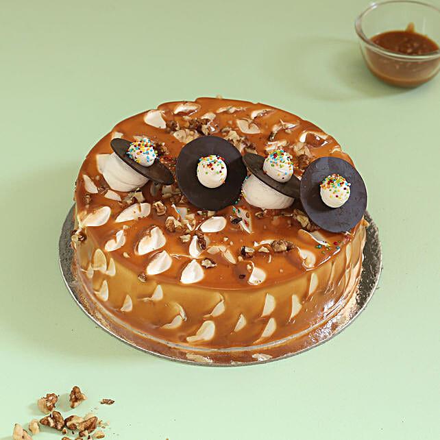 Crunchy Caramel Walnut Cake: Caramel Cakes