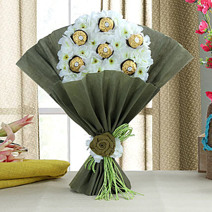 Delectable Ferrero Rocher Chocolate Bouquet: Hug Day Gifts