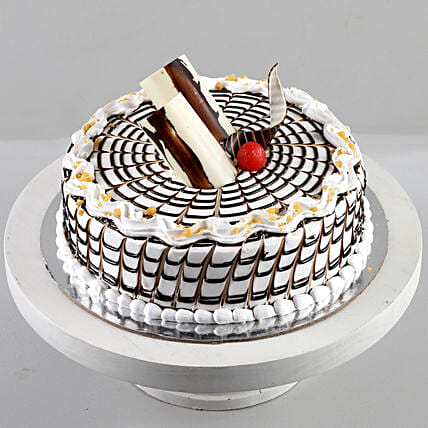 Designer Butterscotch Cream Cake: Cakes for Birthday
