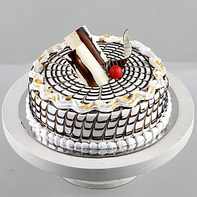 Designer Butterscotch Cream Cake: Cakes for Birthday