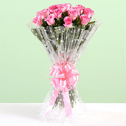 Elegant Bouquet Of Pink Roses: Pink Flowers
