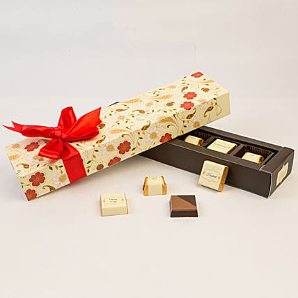 Floral Box Of Chocolates- 6 Pcs: Gifts to India
