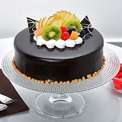 Fruit Chocolate Cake: Valentine Chocolate Cake