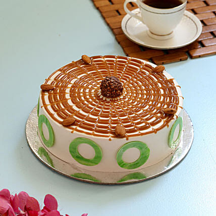 Heavenly Caramel Cake: Cakes