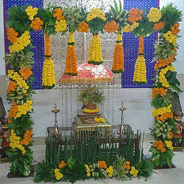 Marigold N Leaves Flower Decoration: Ganesh Chaturthi Gifts