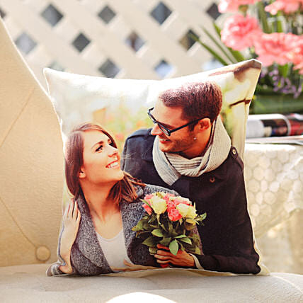 Personalised Romantic Cushion: Gift Ideas