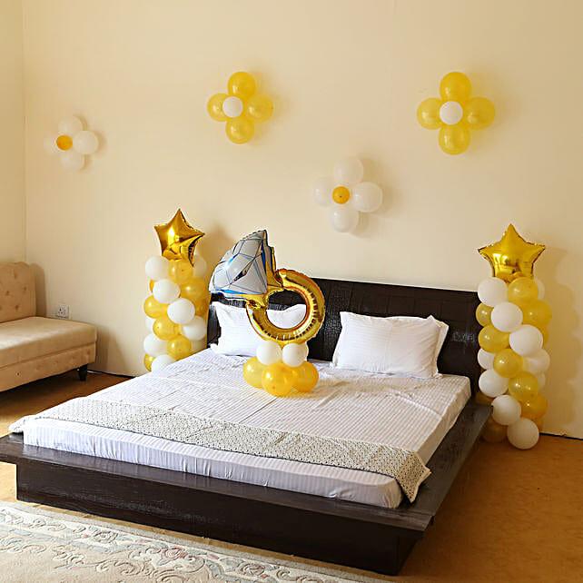 Propose In Style Balloon Decor: Balloon