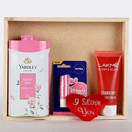 Refreshing Pink Hamper: Womens Day Gift Hampers
