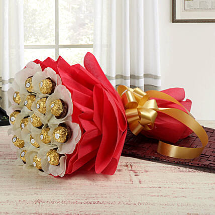 Rocher Choco Bouquet: Gifts to India
