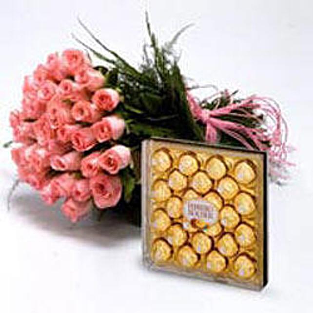 Roses With Chocolates with Rakhi: Rakhi with Flowers