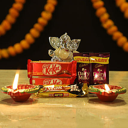 Silver Plated Ganesha & Chocolates: Chocolate Gifts in India