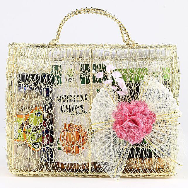 Snacks Hamper In Mesh Bag: Gift Hampers