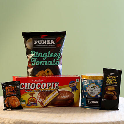 Special Coffee Day Snacks Gift Pack: Gift Hampers