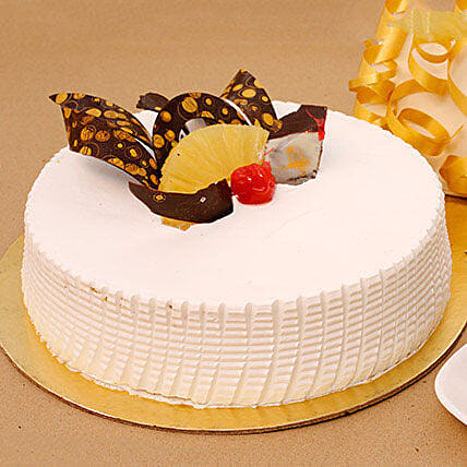 Tangy N Tasty Pineapple Cake: Pineapple Cakes Delivery