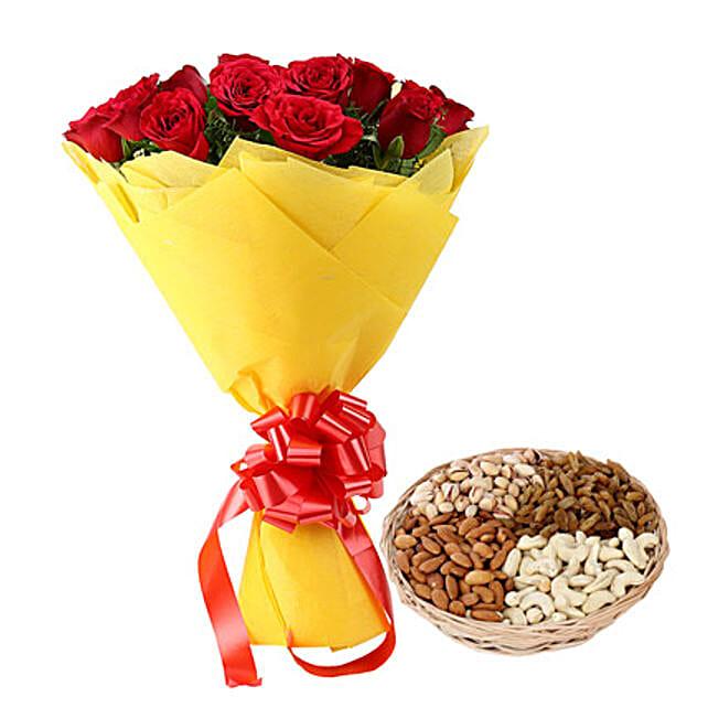 Token Of Gift: Flower N Dry Fruit