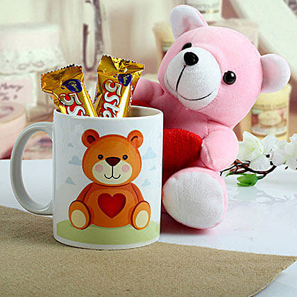 Cute n Sweet Hamper: Soft toys for Her