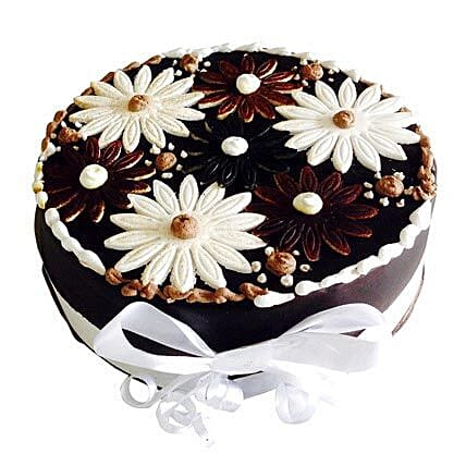 Floral Cake: Cake Delivery to Anakapalle