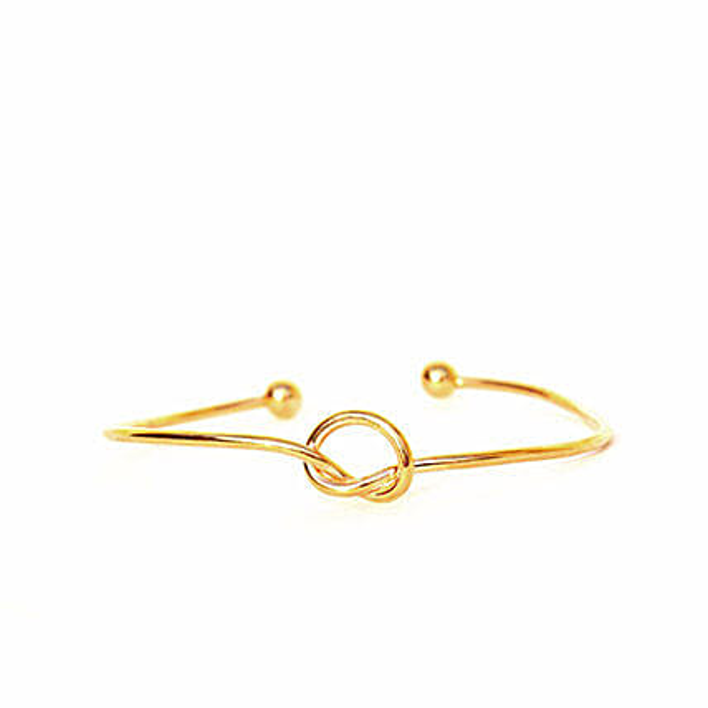 Gold Knot Bracelet: Fashion Accessories