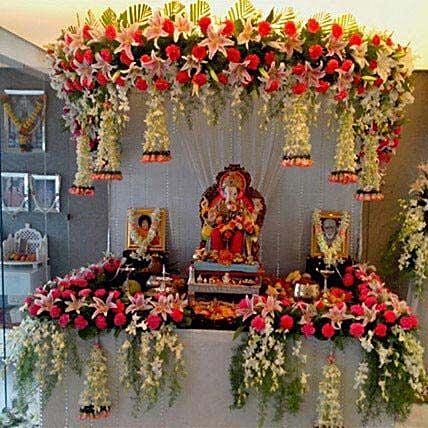 Marvelous Floral Ganpati Decoration: