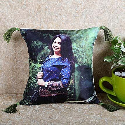 Personalized Stylish Cushion: Personalised Cushions for Friendship Day